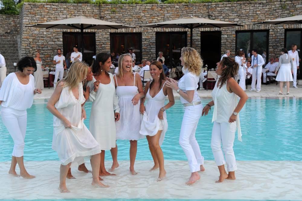 All White Pool Party Ideas  Theme party