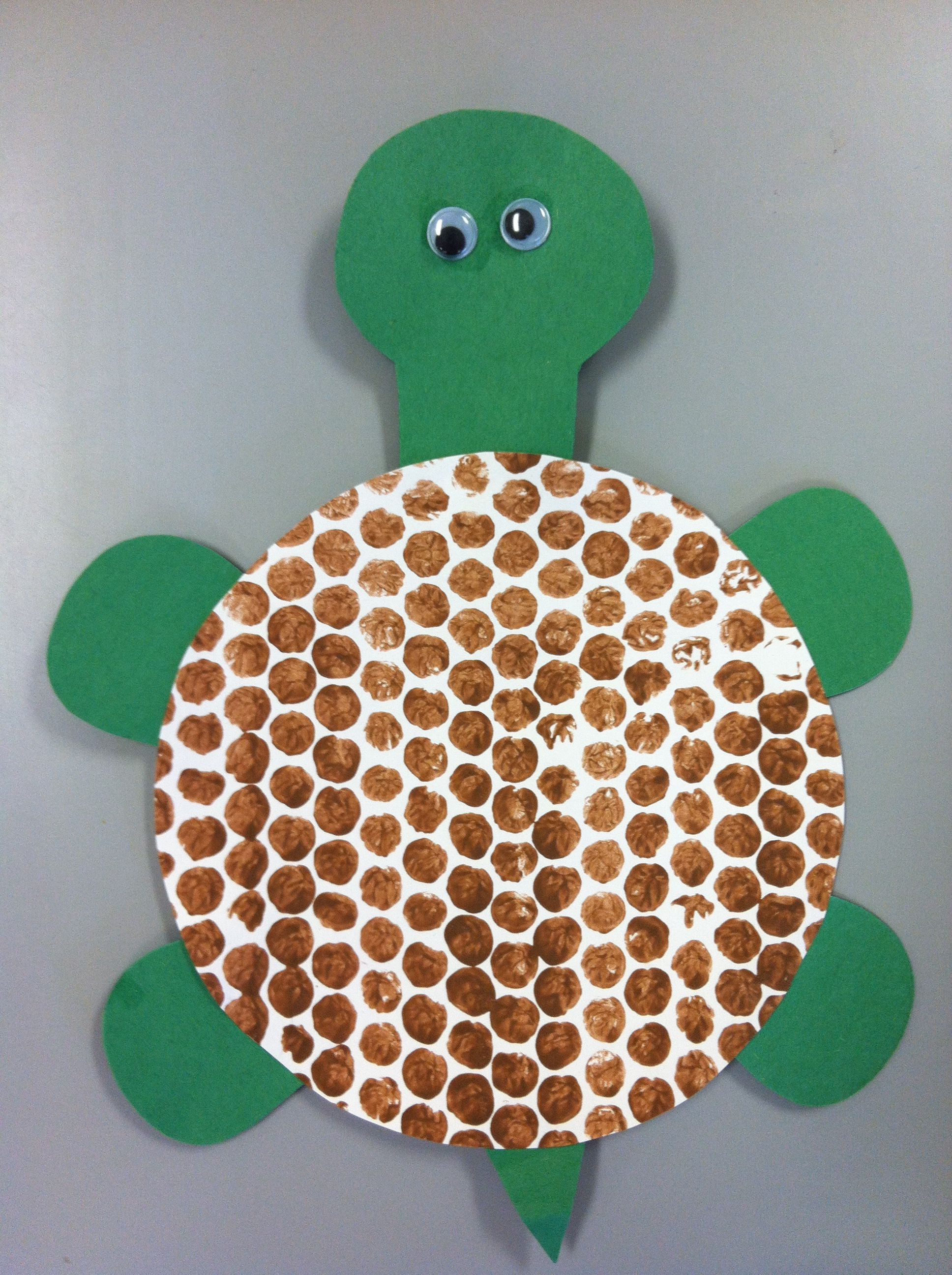 August Crafts For Toddlers  Bubble wrap painting turtle shell Turtle preschool art