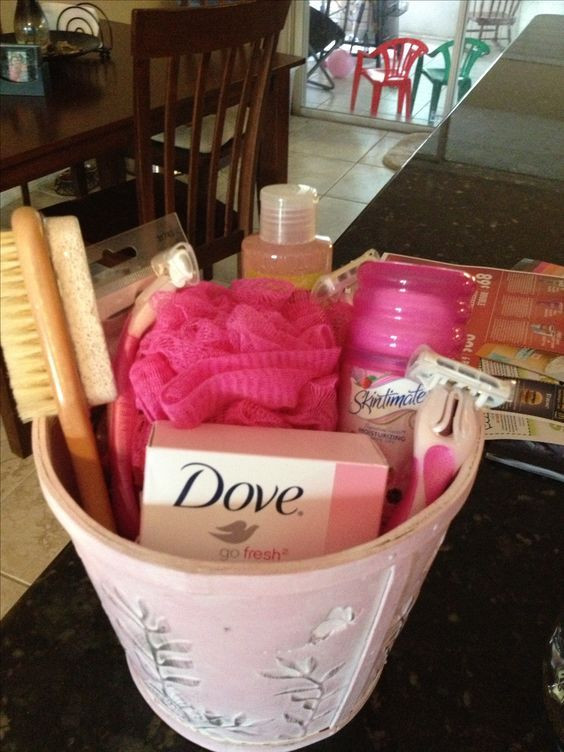 Baby Shower Game Gift Ideas  Top 25 best Baby shower prizes ideas on Pinterest