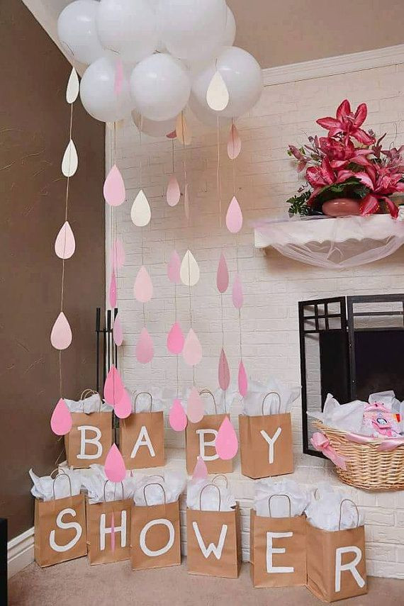 Baby Shower Gift Bags For Guests Ideas  Baby shower t bags for game prizes Each bag is hand