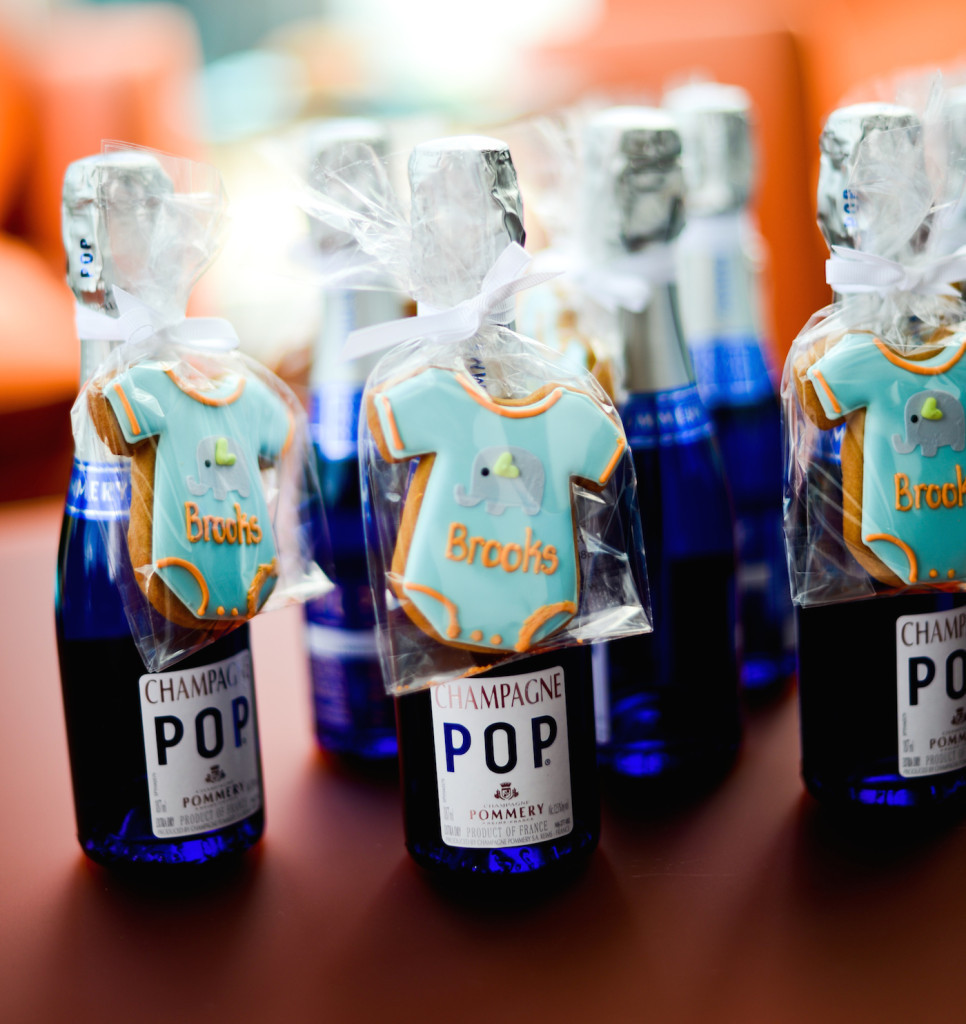 Baby Shower Party Favors DIY  35 MORE DIY Baby Shower Favors We re Loving