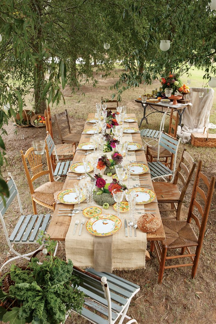 Backyard Dinner Party Ideas  Rustic Wedding Table Decoration Ideas