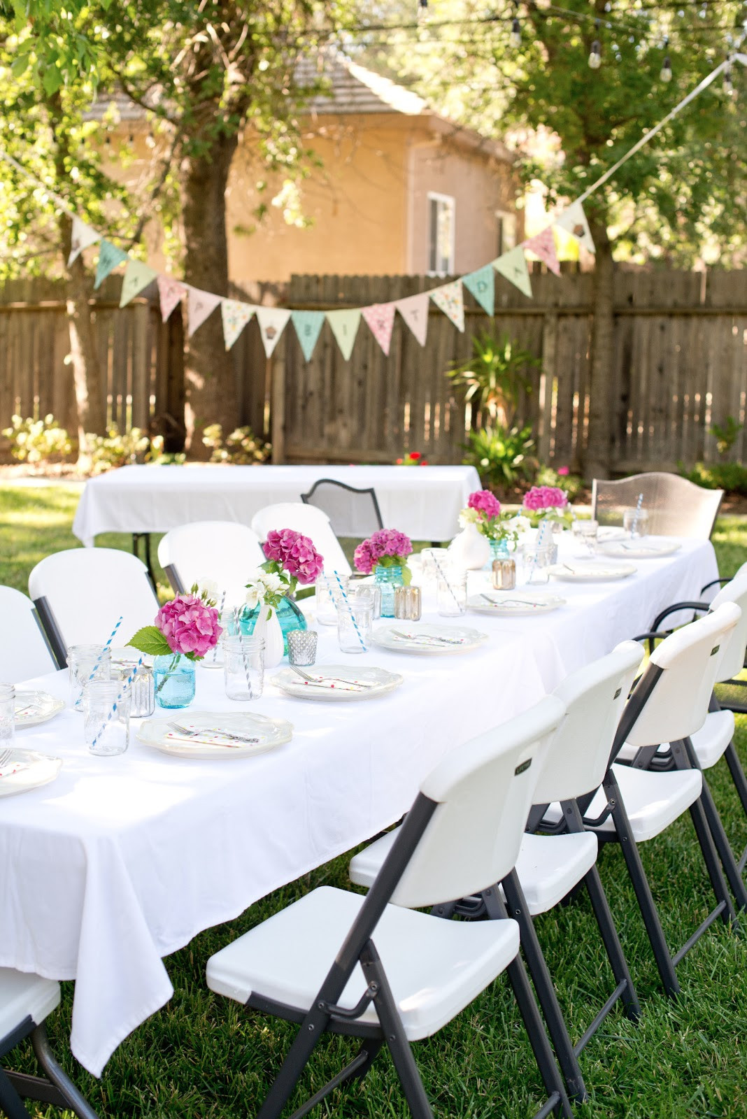 Backyard Party Decor Ideas  Backyard Party Decorations For Unfor table Moments
