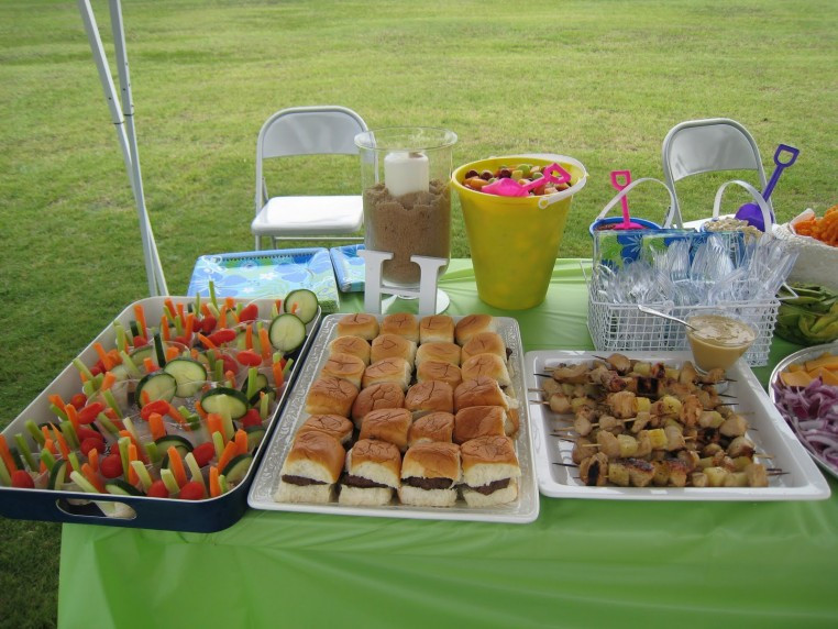 Backyard Party Menu Ideas  Throwing Autumn Baby Shower Party In Outdoor