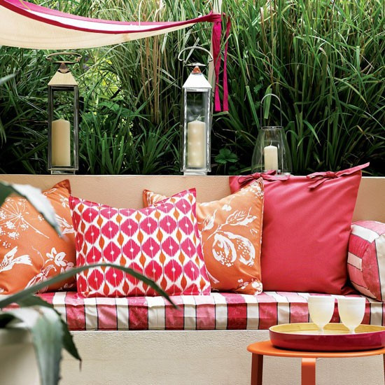 Backyard Party Seating Ideas  Plan seating for a party