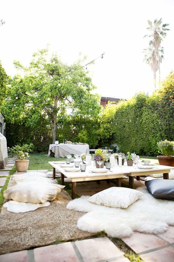 Backyard Party Seating Ideas  How to Throw a Fantastic Dinner Party