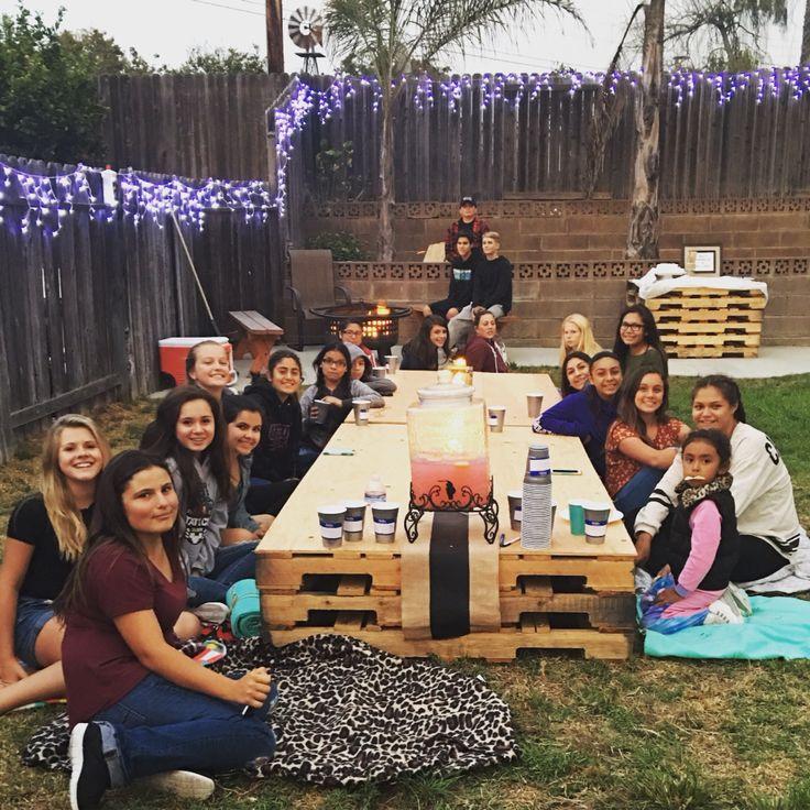 Backyard Teenage Birthday Party Ideas  25 best ideas about Backyard bonfire party on Pinterest