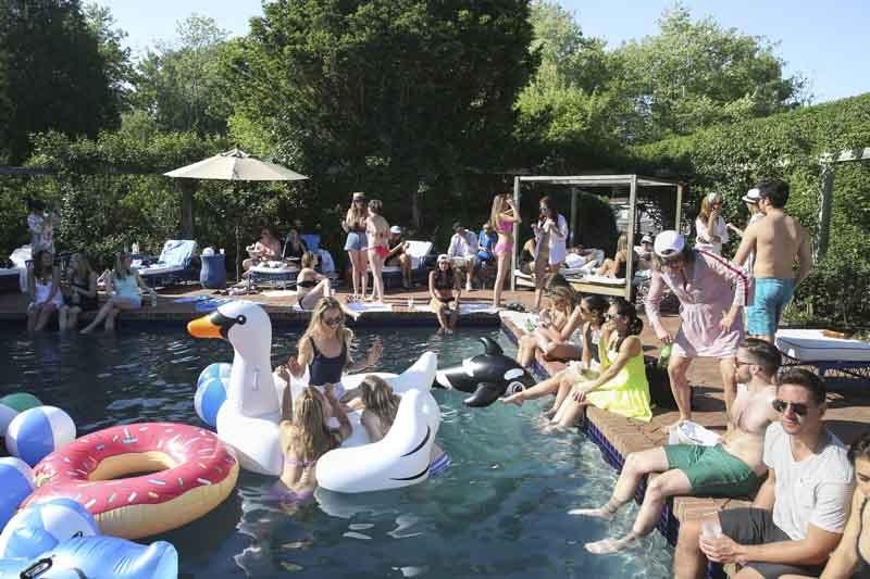 Bbq Pool Party Ideas  Seen at Southampton Olivia Palermo Johannes Huebl