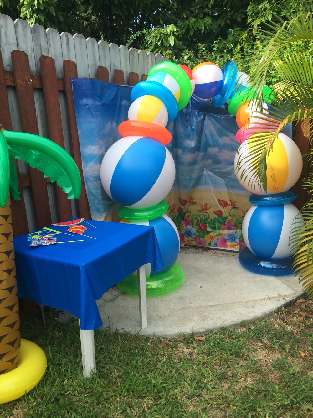Beach Ball Pool Party Ideas  Beach ball photo booth