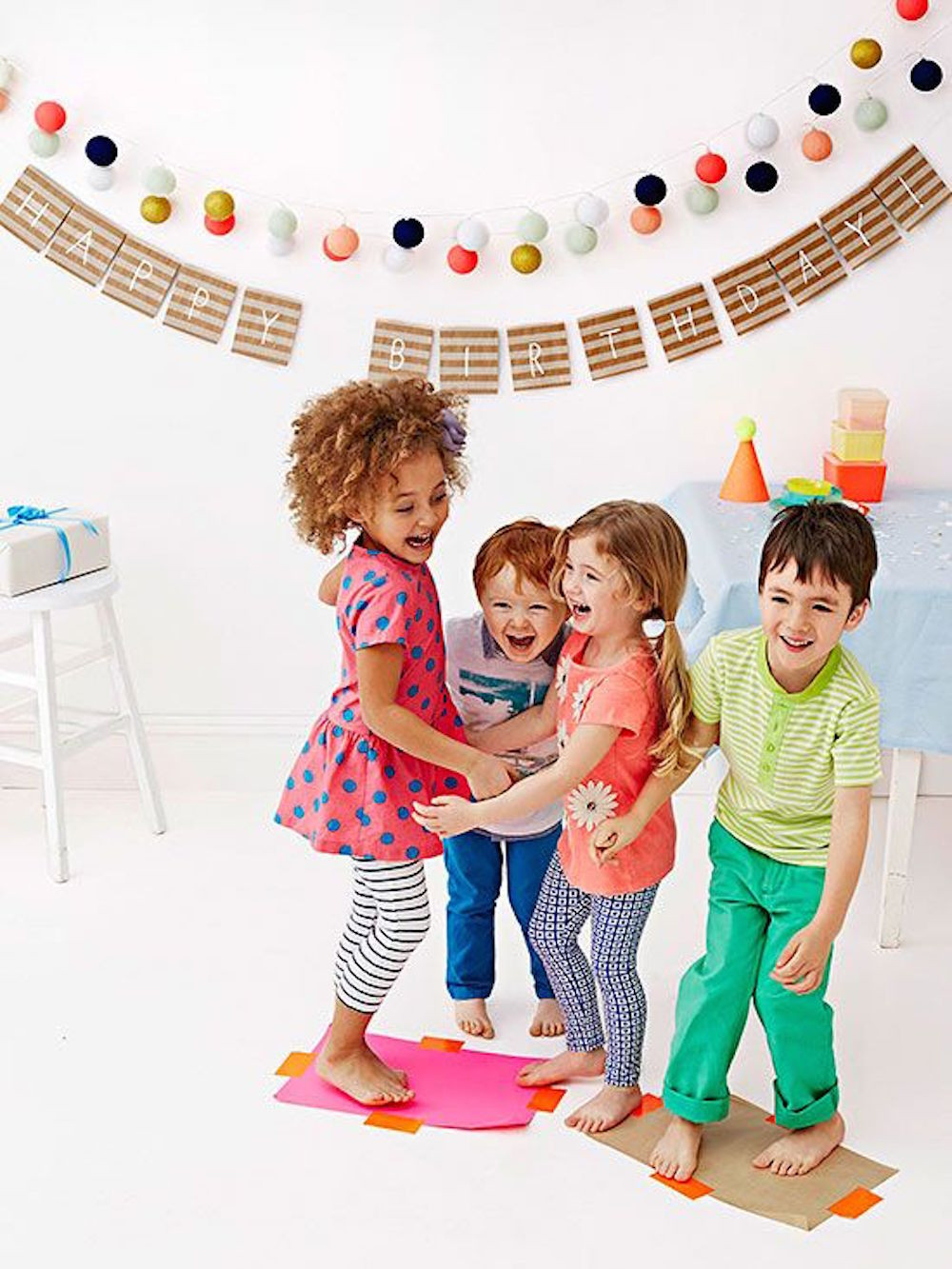 Best Birthday Party Games  9 WAYS TO SUCCESSFULLY THROW THE MOST COLORFUL KIDS PARTY