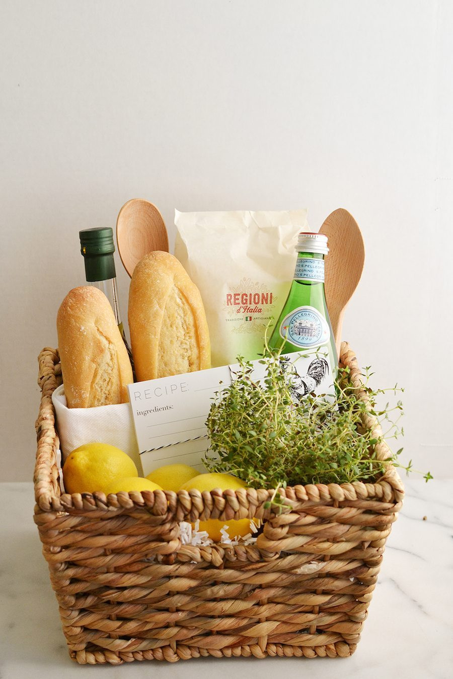 Best Gift Basket Ideas  How to Create a Thoughtful Housewarming Gift