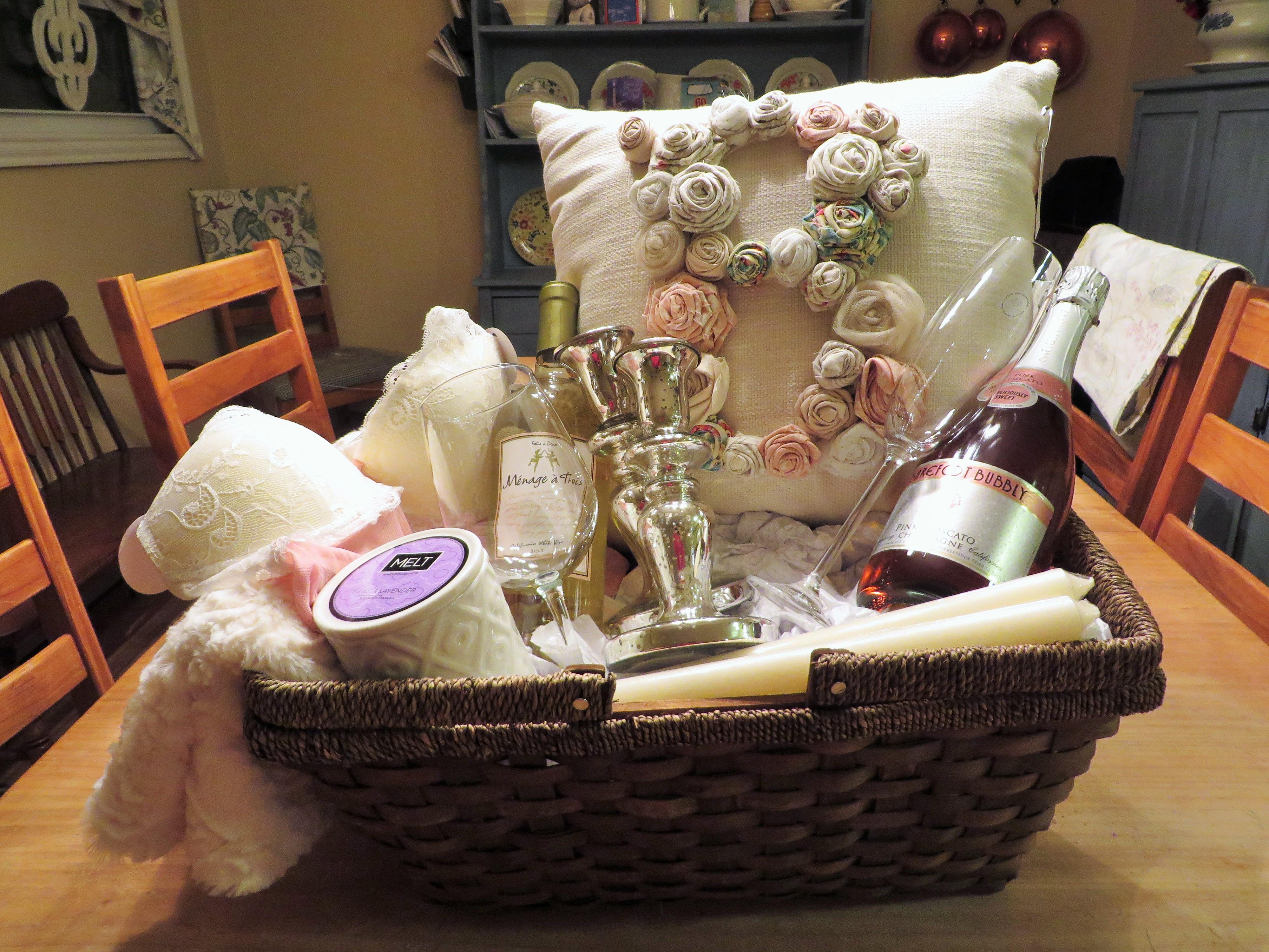 Bridal Gift Basket Ideas  Bridal Shower Gift Basket