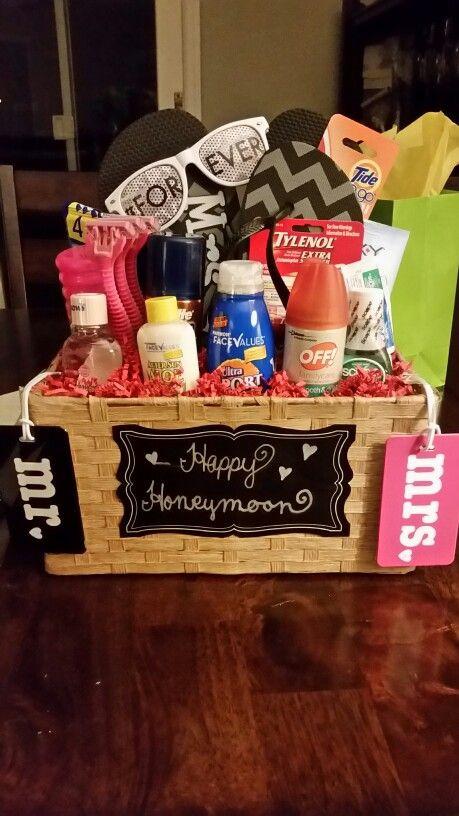 Bridal Gift Basket Ideas  Best 25 Honeymoon ts ideas on Pinterest