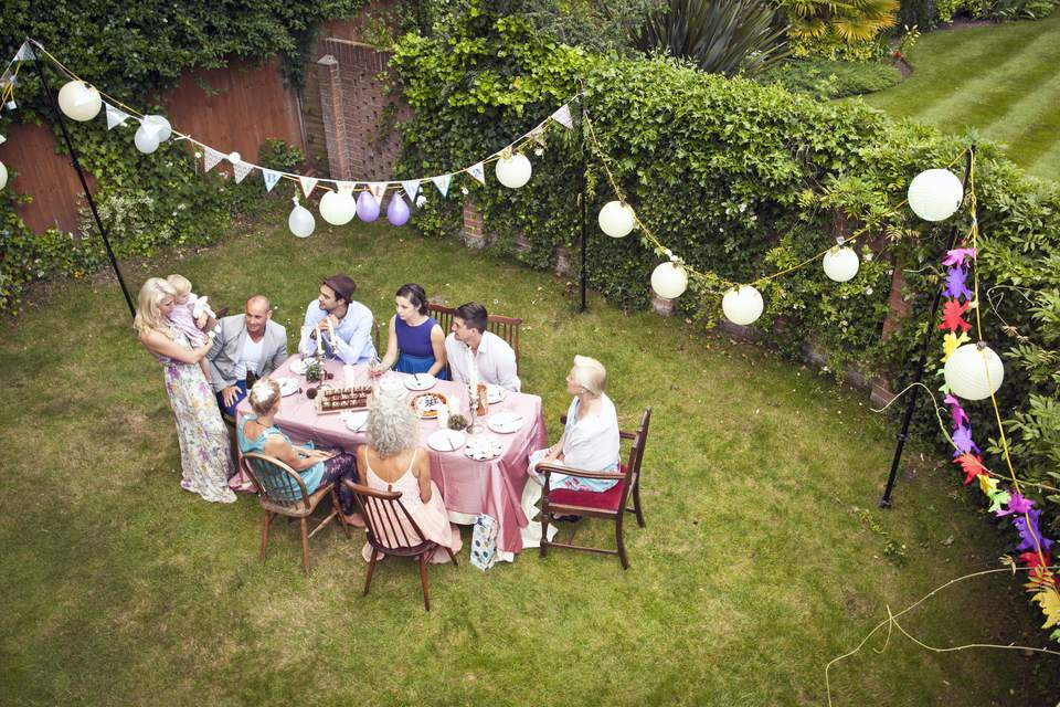 Cheap Backyard Party Ideas  Cheap and Fun Party Decorating Ideas