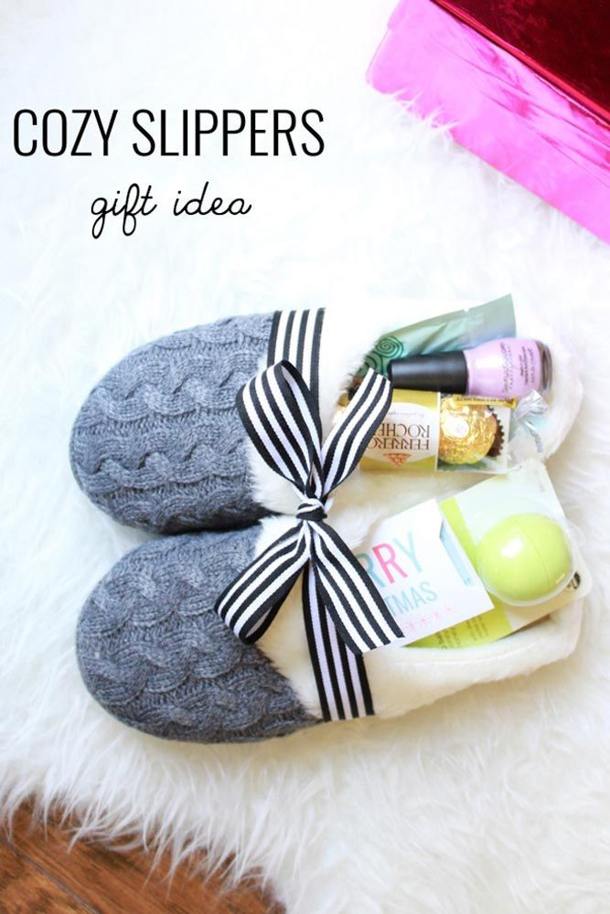 Cheap Christmas Gift Ideas For Couples  33 Easy And Inexpensive Christmas Gift Ideas For Everyone