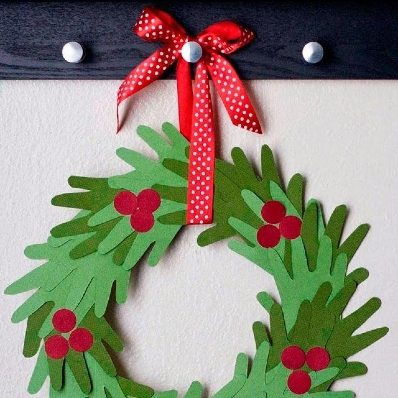 Christmas Arts Ideas  10 Handprint Christmas Crafts for Kids