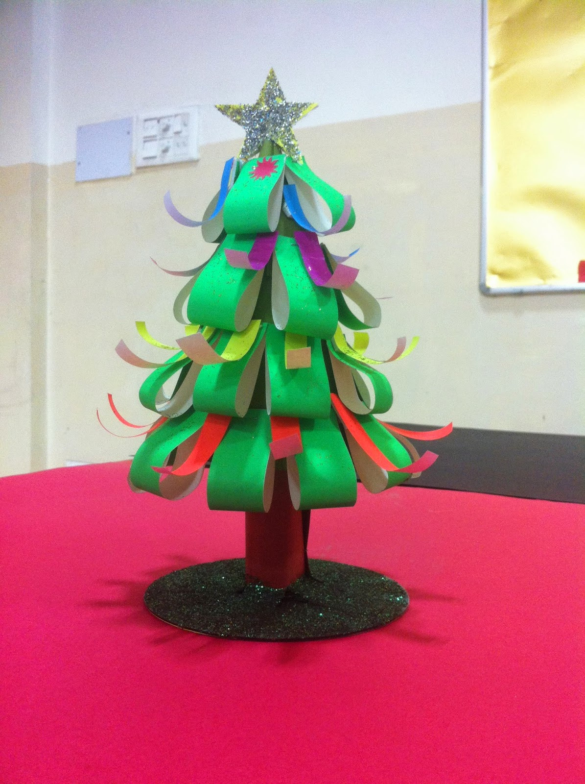 Christmas Arts Ideas  Art Craft ideas and bulletin boards for elementary