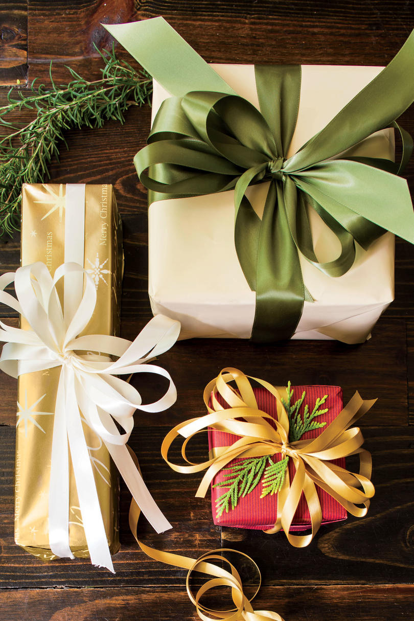 Christmas Gift Wrap Ideas  Stylish Gift Wrapping Ideas Southern Living
