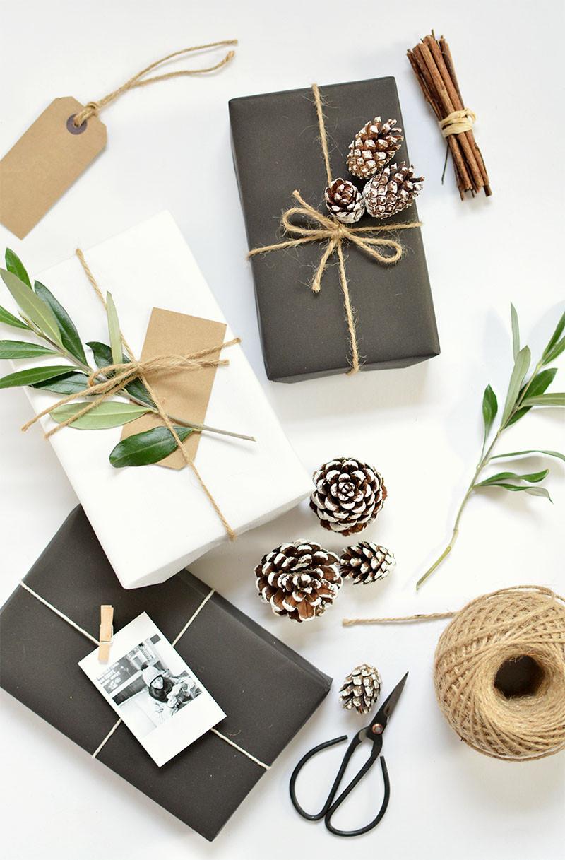 Christmas Gift Wrap Ideas  DIY 5 t wrap ideas for christmas