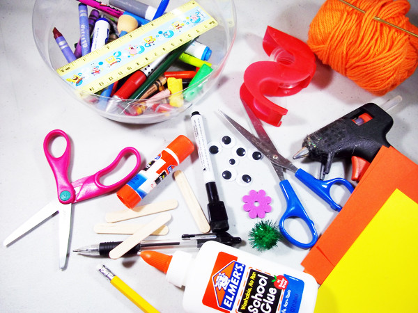 Craft Ideas For Kids With Waste Material  Kid s Crafting Workshop Midas Touch Crafts Event Venue