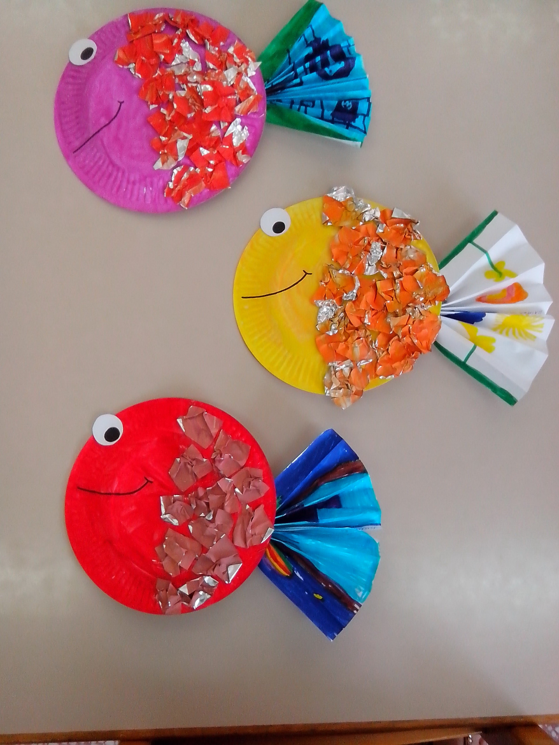 Crafts With Kids  Paper Plate Tropical Fish