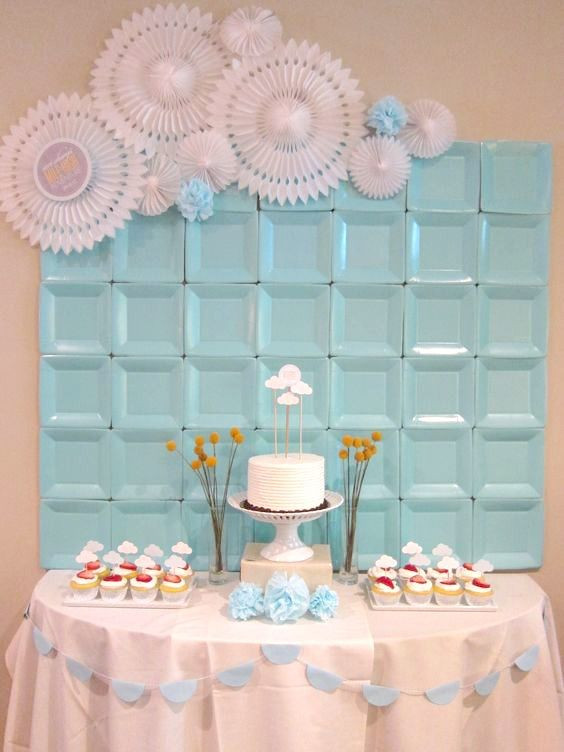 DIY Baby Shower Backdrop  DIY EASY & CHEAP PAPER PLATE PARTY BACKDROPS
