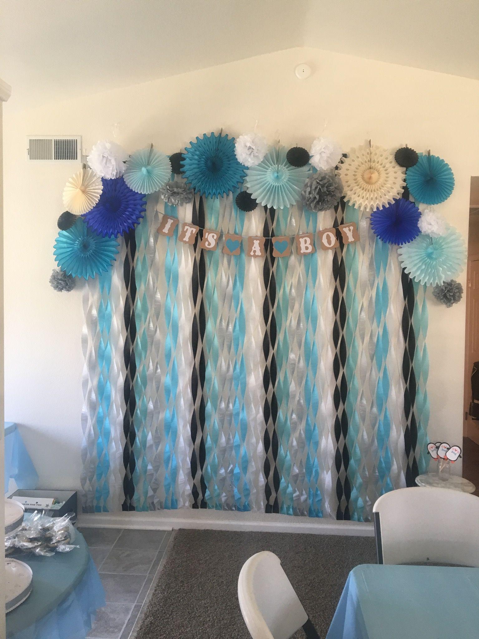 DIY Baby Shower Backdrop  Penguin Themed Baby Shower backdrop