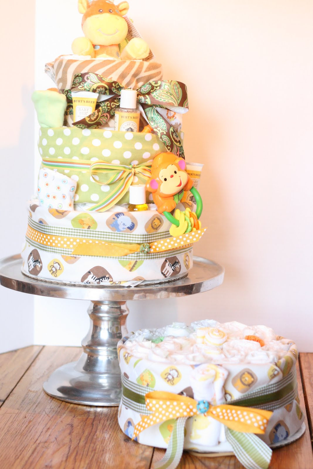 DIY Baby Shower Cakes  A Little Junk In My Trunk How to Make a Diaper Cake