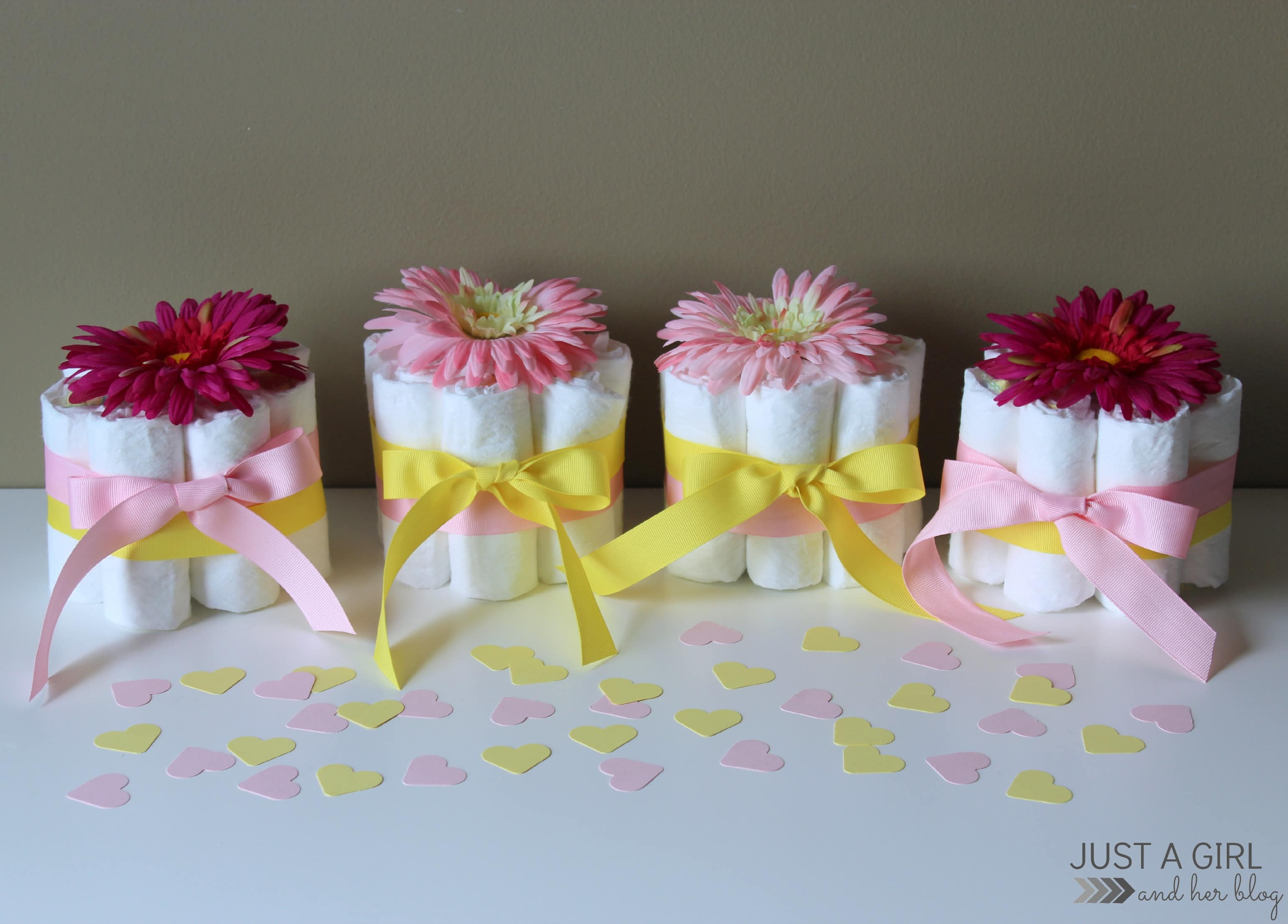 DIY Baby Shower Decorations For Girls  Sweet and Simple Baby Shower Centerpieces