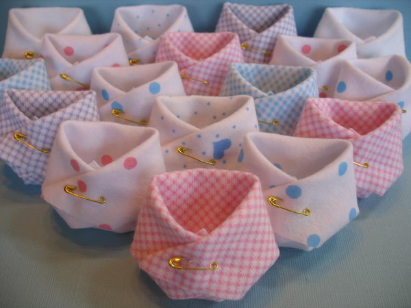 DIY Baby Shower Favors Ideas  40 Cute Baby Shower Decoration Ideas Hative