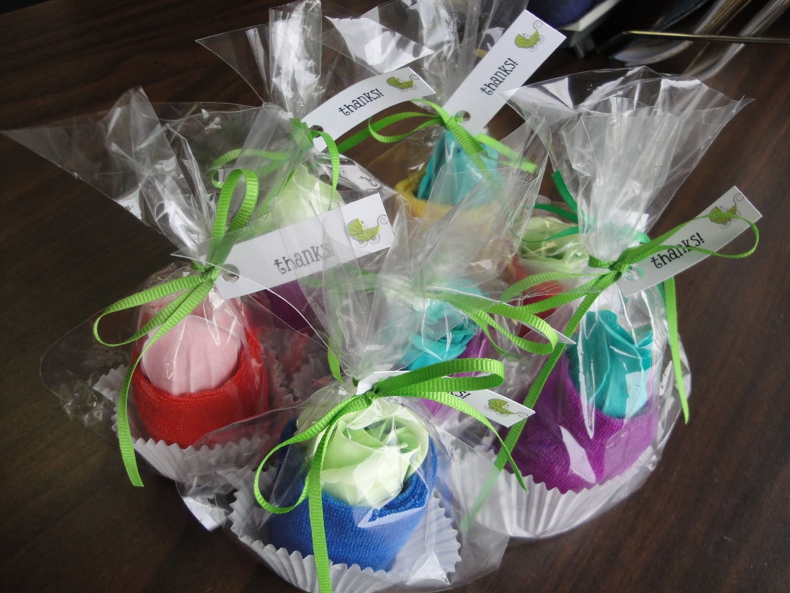 DIY Baby Shower Party Favors  Spa Washcloth Cupcake Baby Shower Favors Tutorial