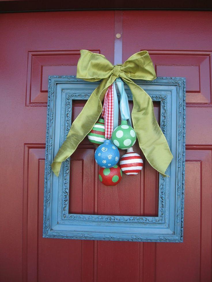 DIY Christmas Door Decoration  38 Stunning Christmas Front Door Décor Ideas