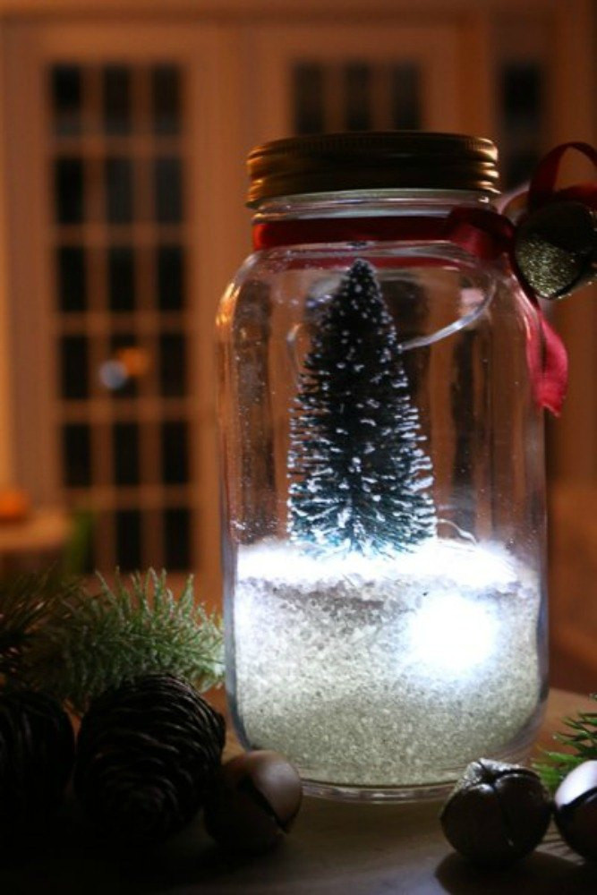 DIY Christmas Light Ideas  Make Your Porch Look Amazing With These DIY Christmas