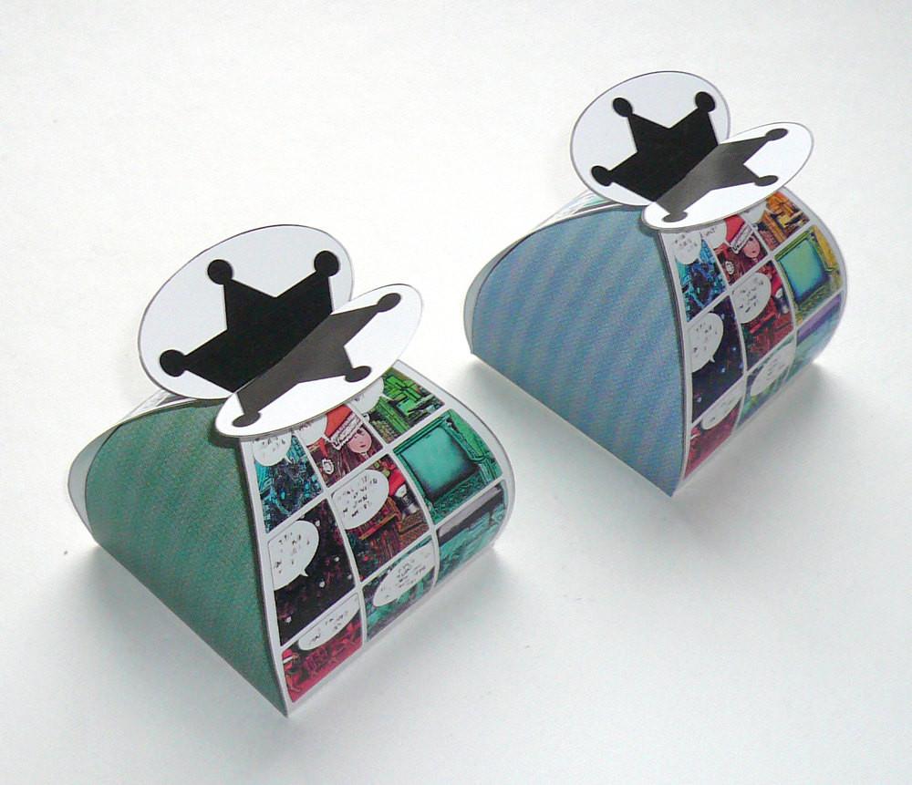 DIY Favor Box  Christmas ic favor box DIY printable by FredaFprintables