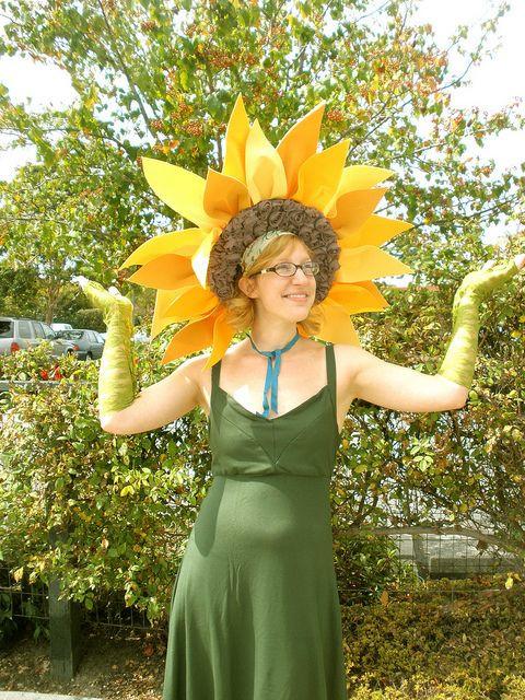 DIY Flower Costume  Best 25 Flower costume ideas on Pinterest