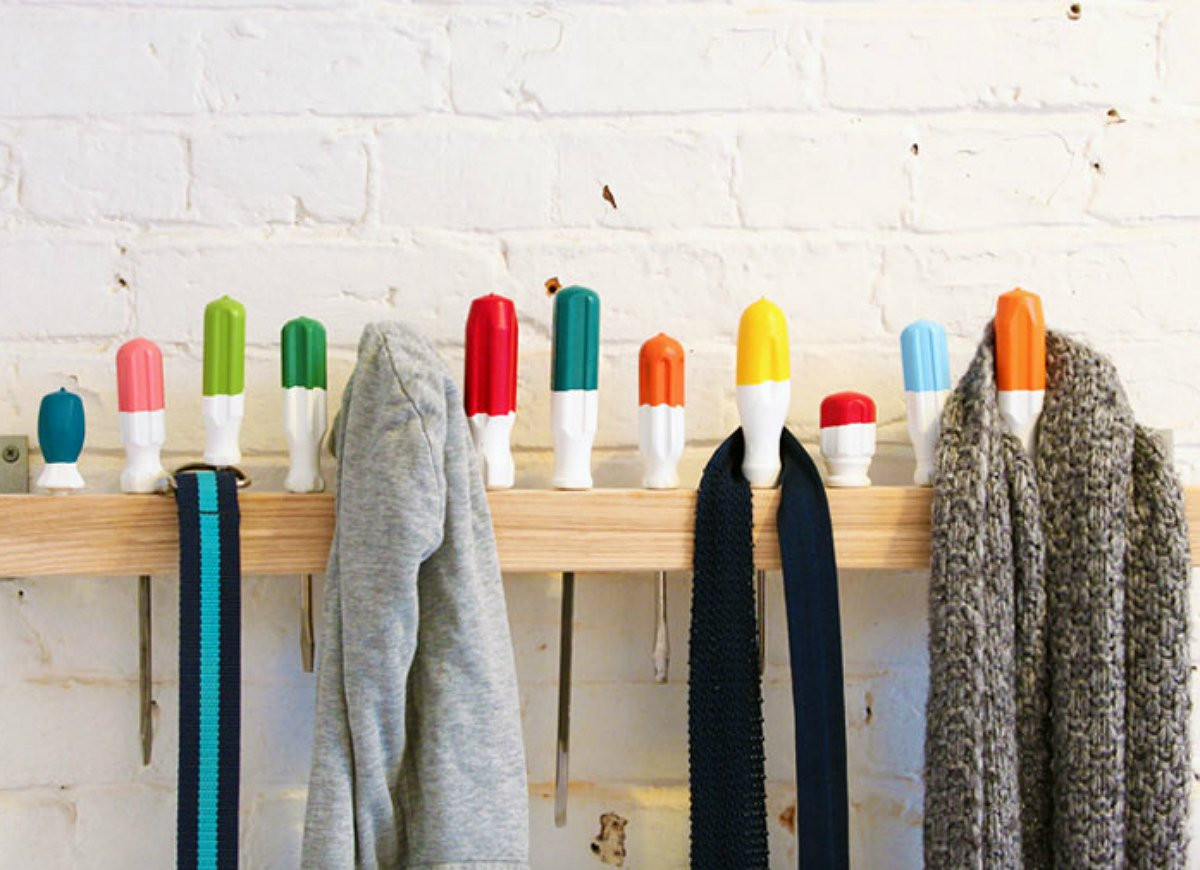 DIY Hanger Rack  DIY Storage 18 Clever Solutions You Can Make for Free