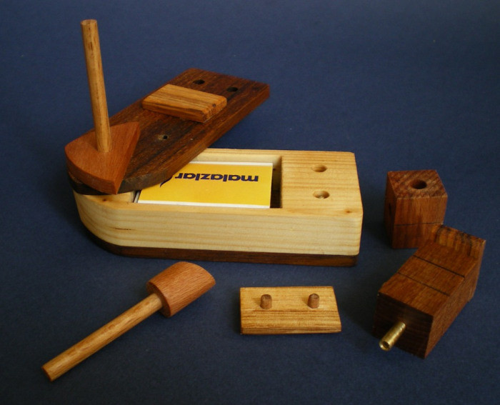 DIY Lock Box  Woodworking Plans Lock Box Plans DIY wood bench blueprints