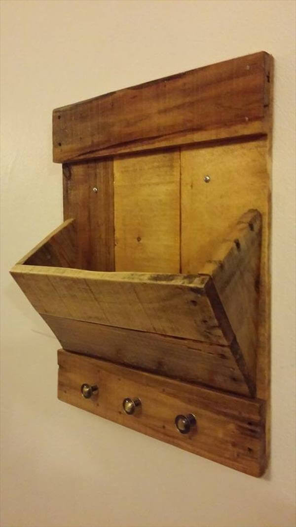 DIY Mail Organizer Wood  DIY Pallet Mail Organizer