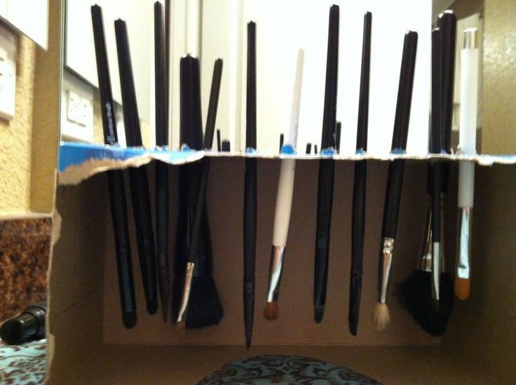DIY Makeup Brush Drying Rack  1000 images about Makeup Brush Drying on Pinterest