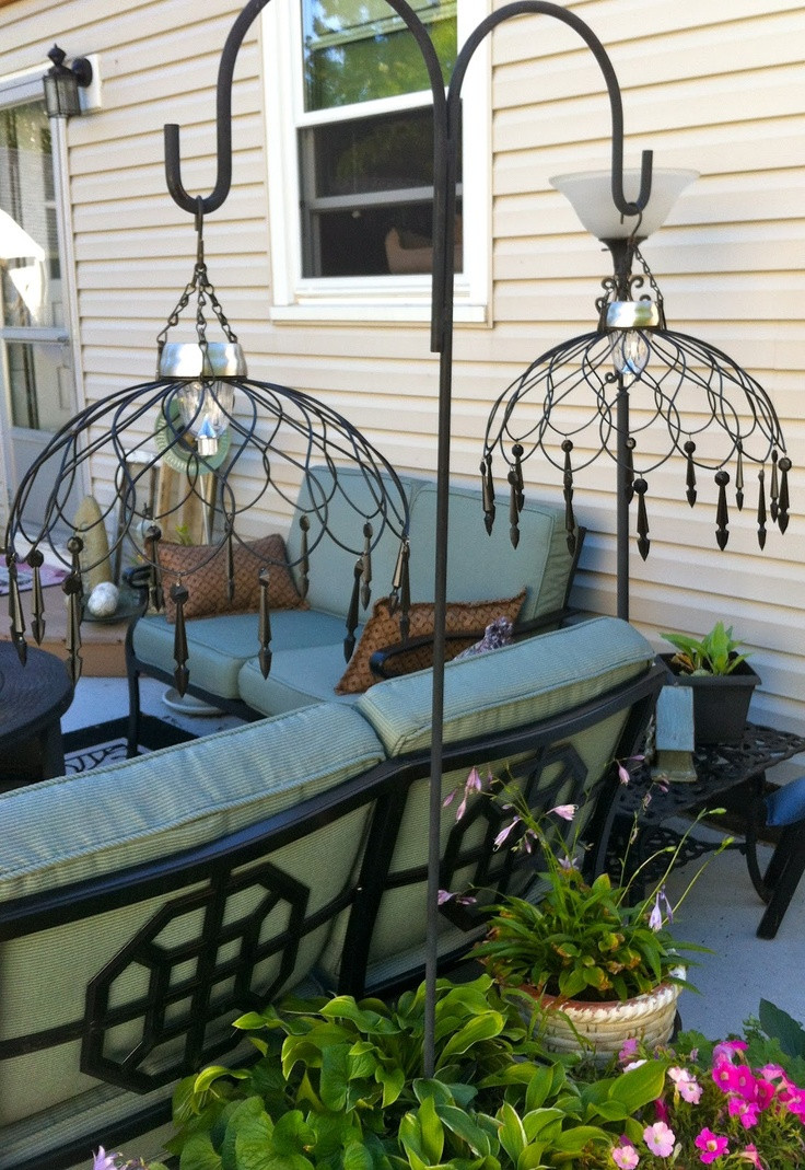 DIY Outdoor Lighting Without Electricity  20 Crazy ways to light up your backyard