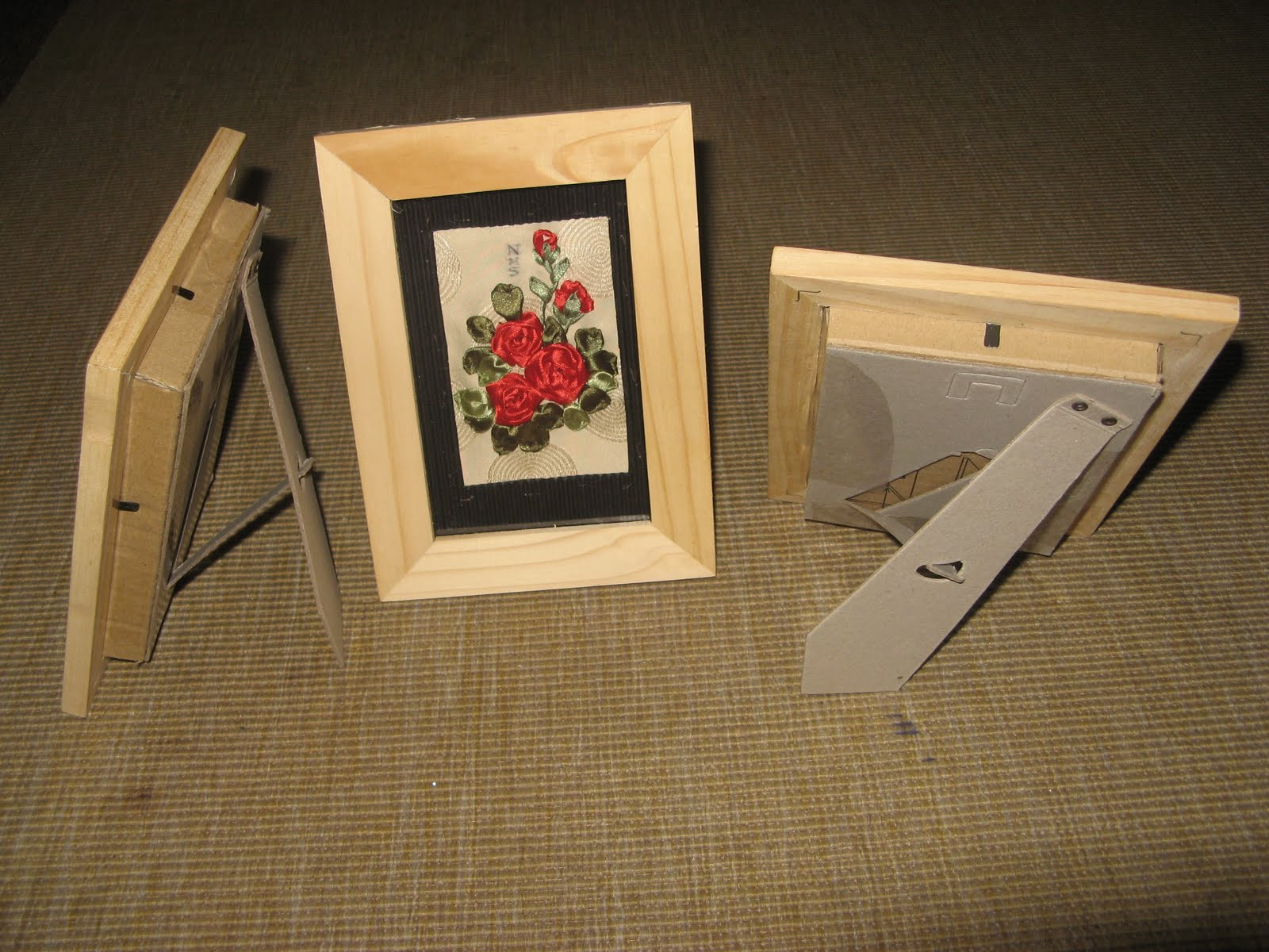 DIY Shadow Box Picture Frame  Euphoria s Handcarved Rubberstamps How to make a DIY