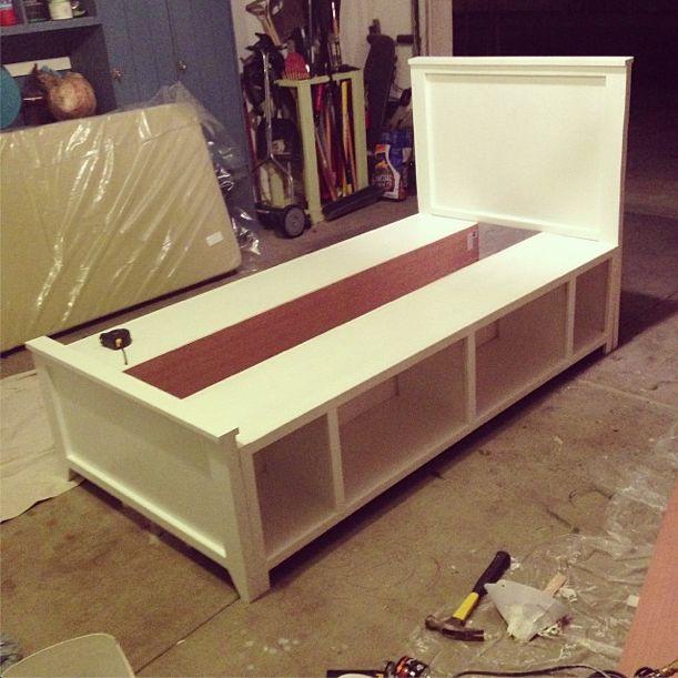 DIY Twin Bed Frame Plans  Best 25 Twin bed frames ideas on Pinterest