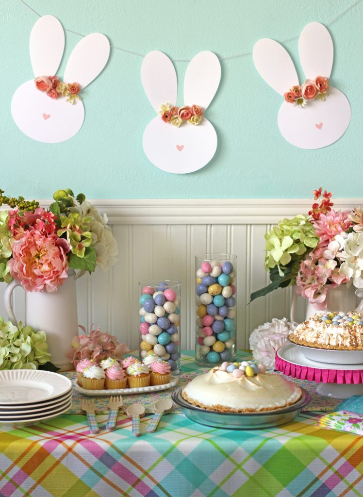Easter Party Centerpiece Ideas  Easy Easter Table Decor and a Floral Crown Easter Bunny