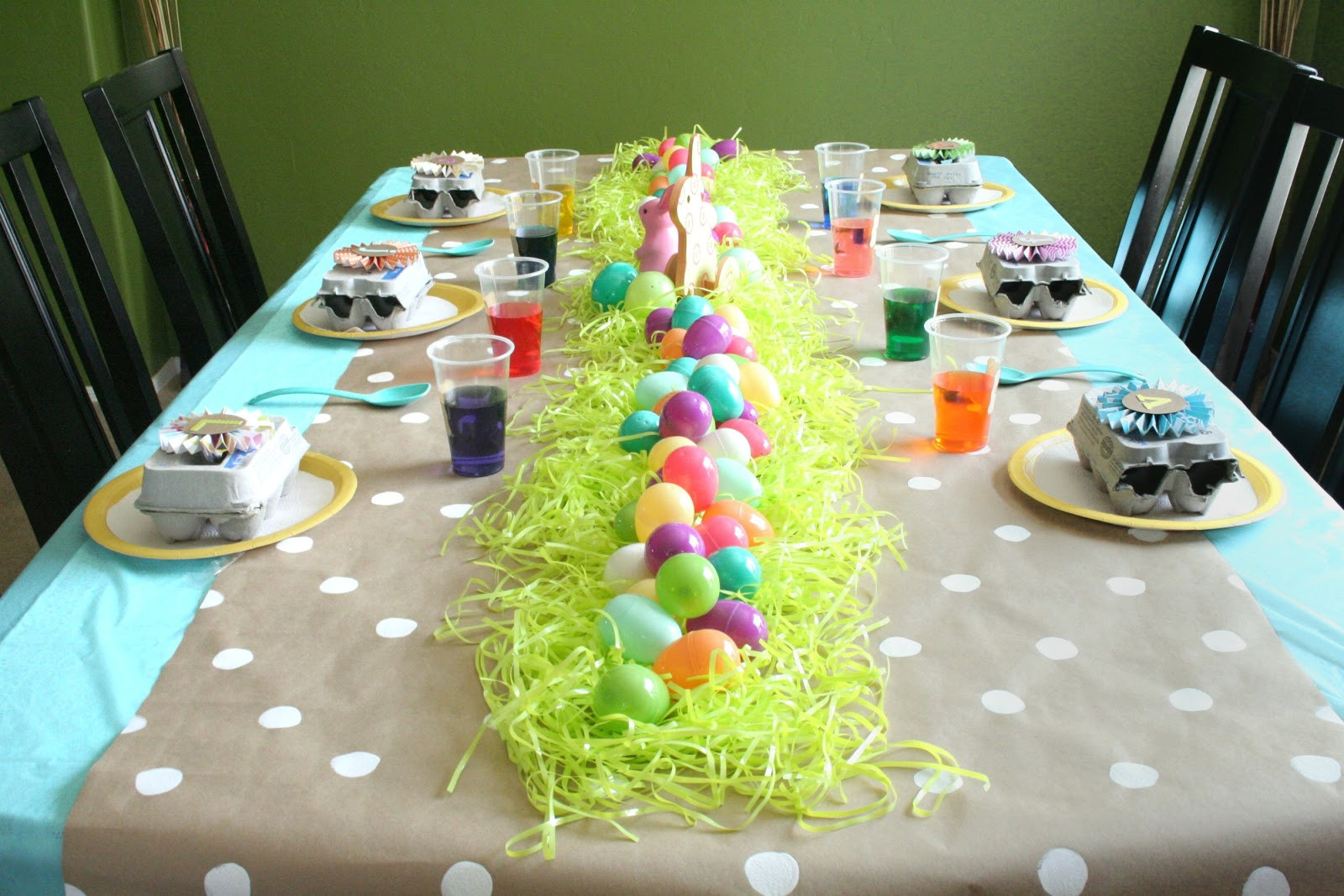 Easter Party Craft Ideas  Easter Egg Dying Party Sugar Bee Crafts
