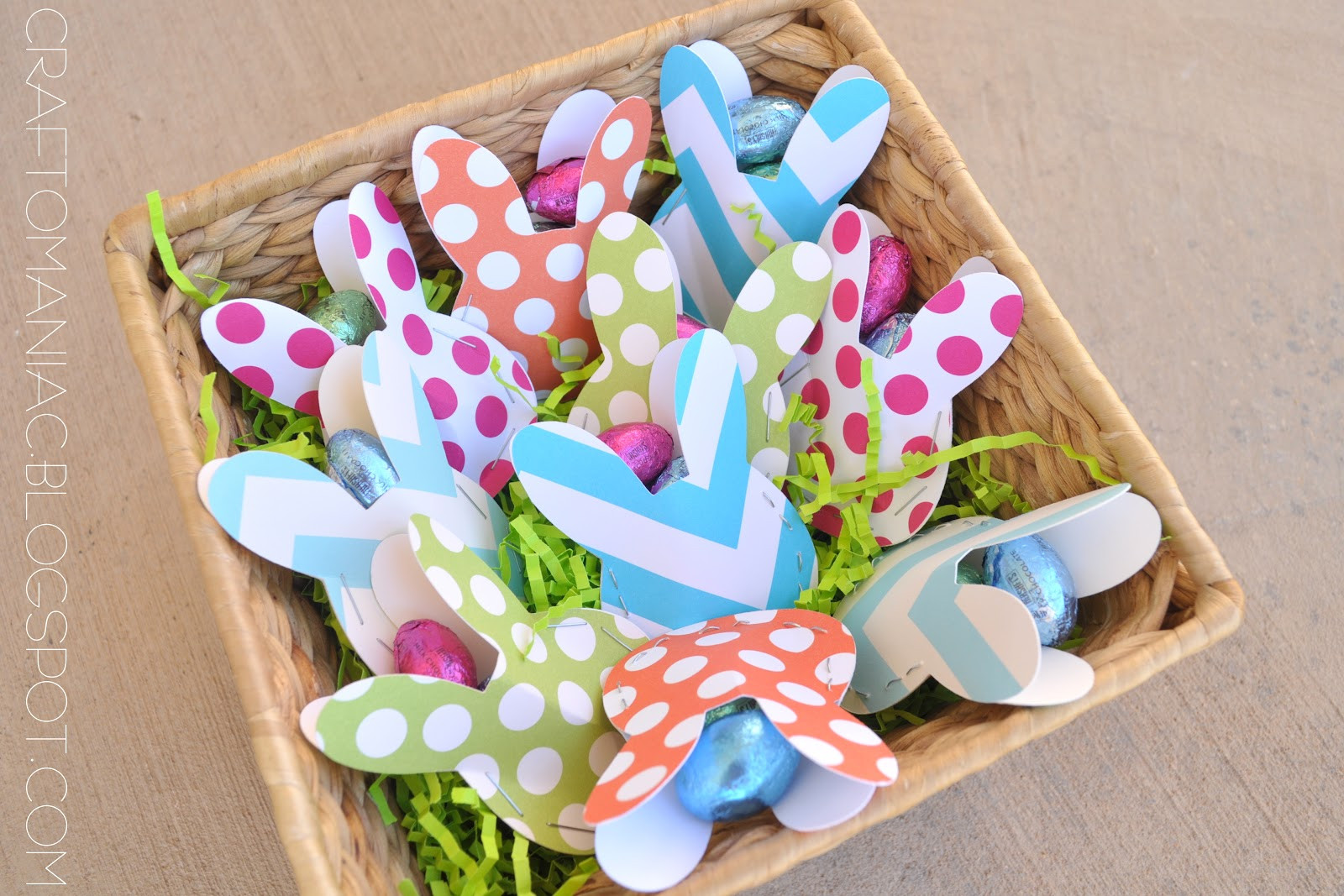 Easter Party Craft Ideas  Easter Table Treat Favors Craft O Maniac