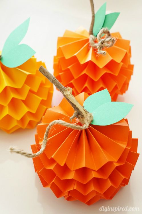 Fall Crafts Ideas For Kids  Celebrate the Season 25 Easy Fall Crafts for Kids