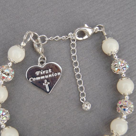 First Communion Gift Ideas For Girls  17 Best ideas about First munion Gifts on Pinterest