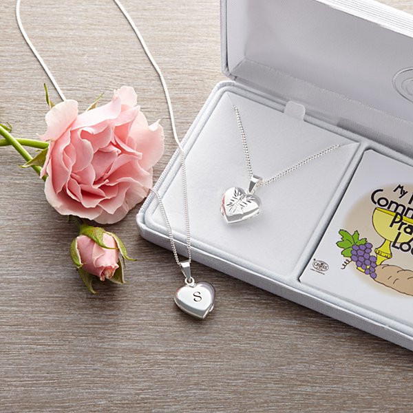First Communion Gift Ideas For Girls  munion Gifts For Girls Gifts