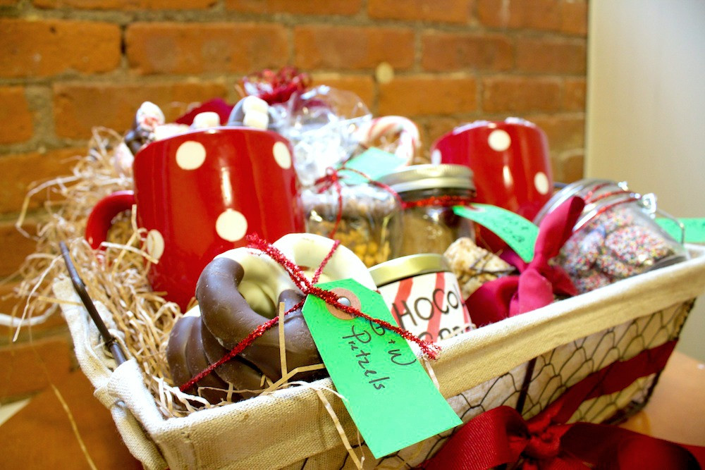 Food Gift Baskets Ideas  Homemade Food Gift Basket Ideas For The Holidays Genius