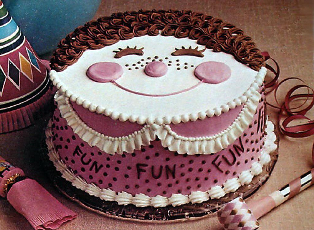 Funny Birthday Cake  Cake Smiley Face Funny Image